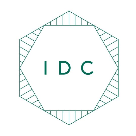 IDC Small Logo Jade on White Pantone